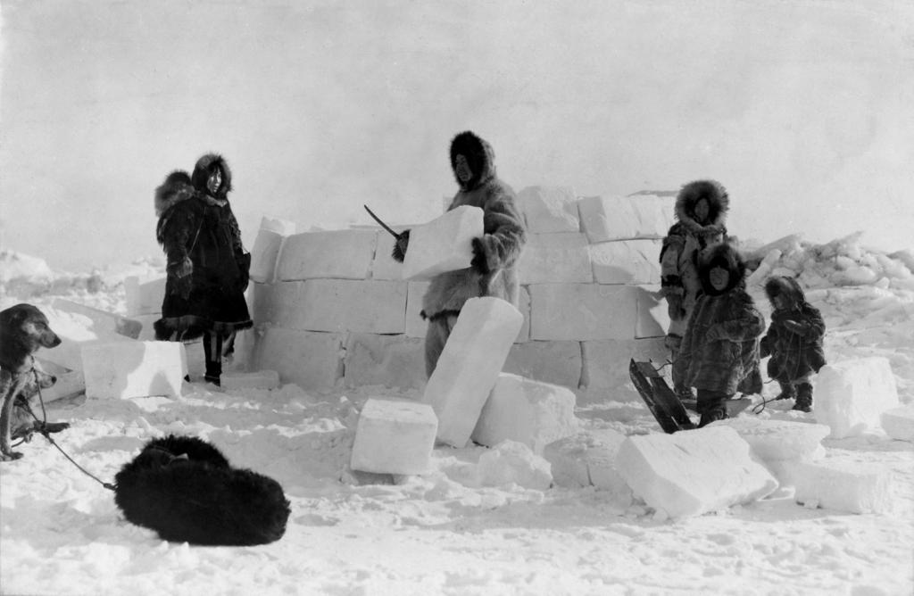 primaire questionner le monde géographie ce2 comparer les modes de vie inuits igloo