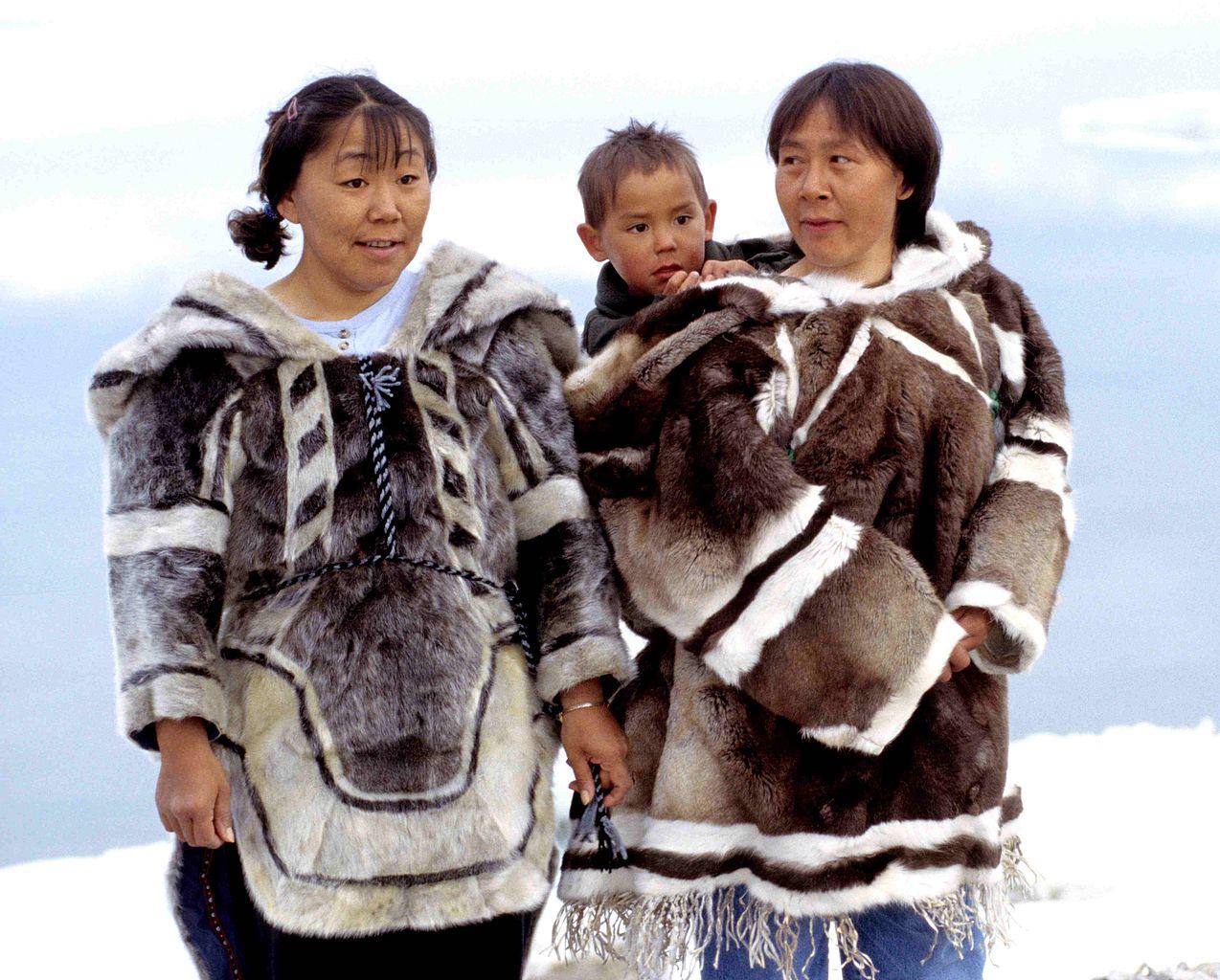 primaire questionner le monde géographie ce2 comparer les modes de vie vêtements inuits