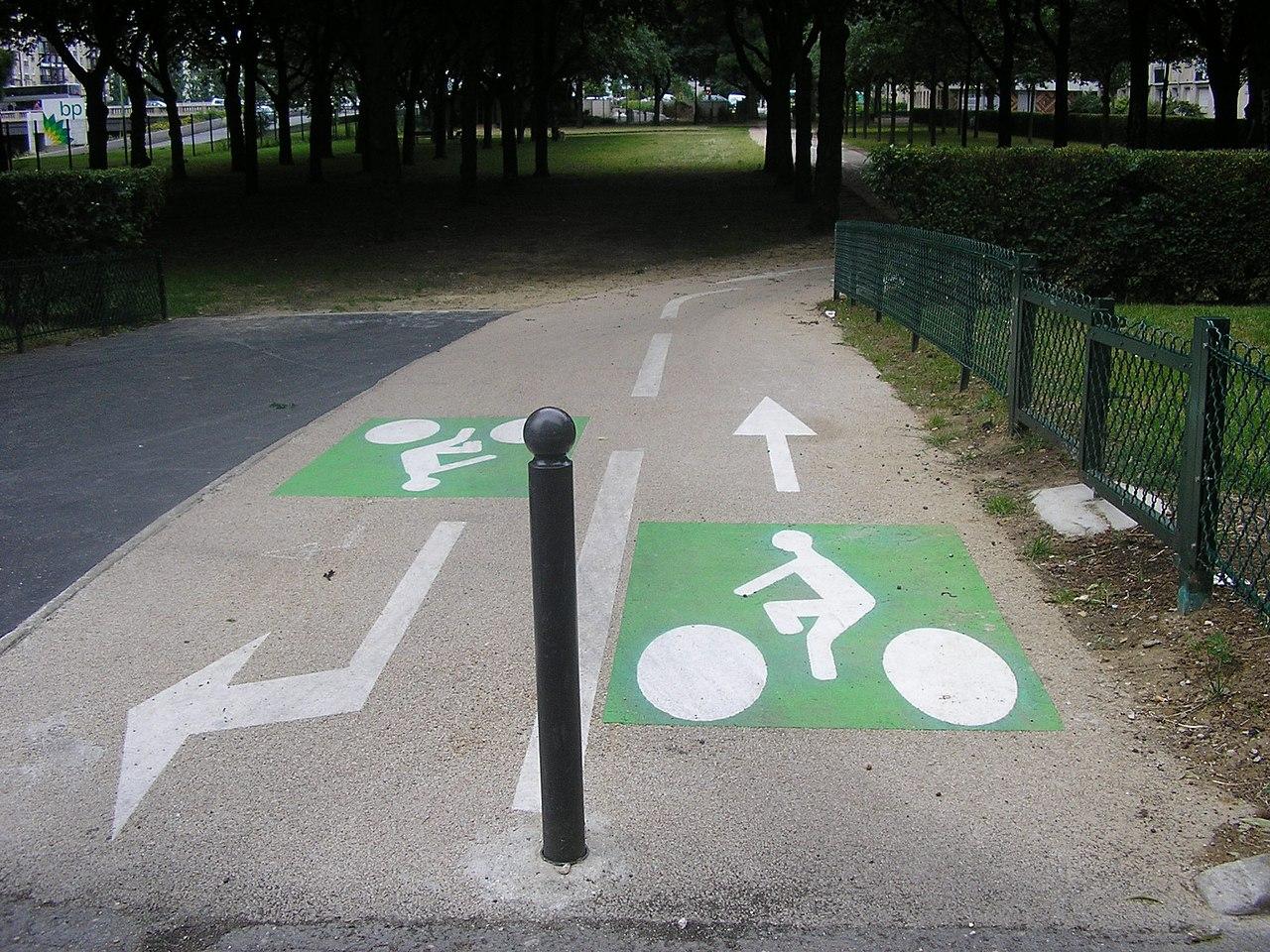 Piste cyclable - Paris - Vélo - Déplacements - Ville - Aménagement - SchoolMouv - Géographie - CM2
