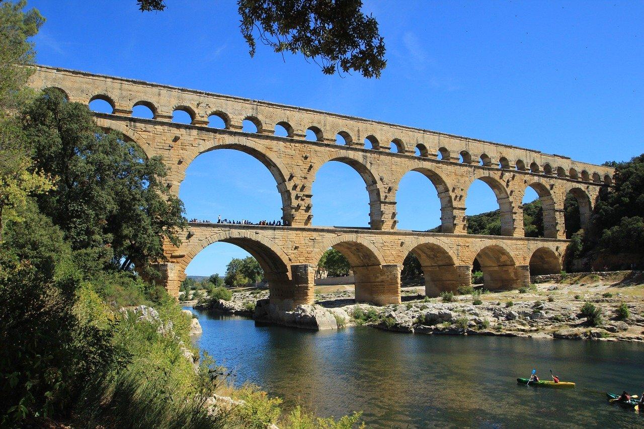 Pont du Gard - Géographie - Terminale - SchoolMouv
